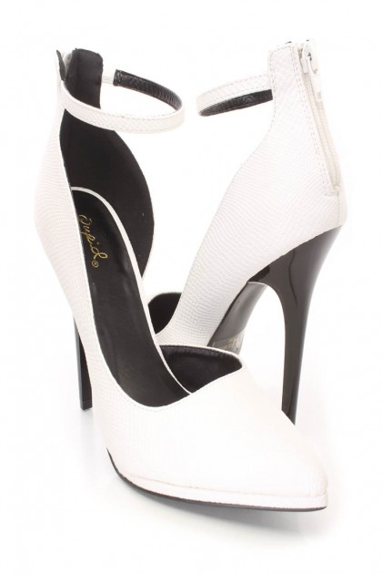 White Snake Skin Textured Single Sole Heels Faux Leather