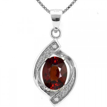 1.304ct Garnet And Diamond Pendant